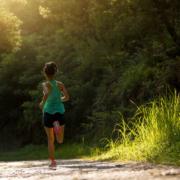 ¿Por qué elegir la camiseta técnica para correr? 6