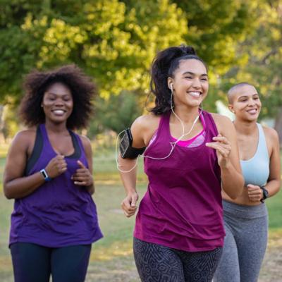 ¿Por qué elegir la camiseta técnica para correr? 15